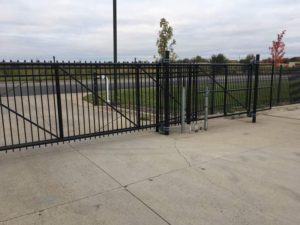 Commercial Fences Roller Gate MN