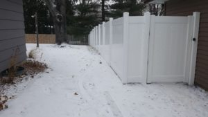 Winter Privacy Fence Installation Professionals