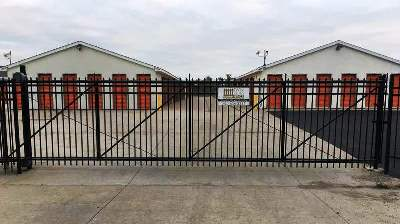 Commercial Fencing Installation Company - Commercial Gate Installation MN
